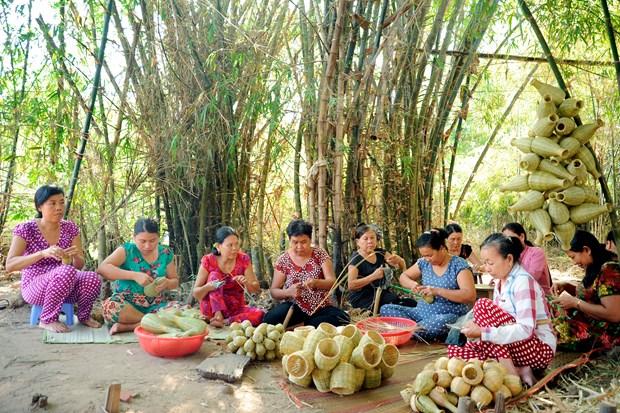 为高棉族同胞实现脱贫减贫注入动力 hinh anh 1