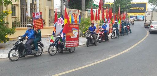 胡志明市青年团员加强宣传 营造换届选举浓厚氛围 hinh anh 1