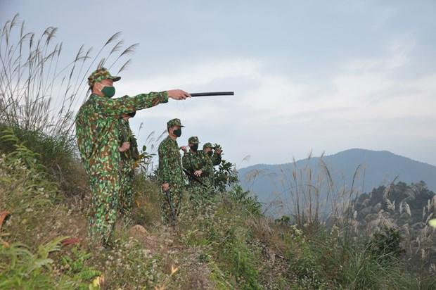 """北山边防哨所在边境地区实施""""双重目标"""" hinh anh 1"""