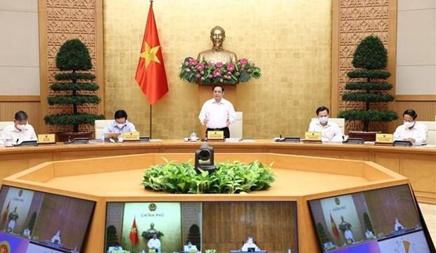 范明政总理主持政府8月份例行会议 hinh anh 1