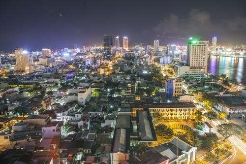 岘港市为完成既定目标任务而努力拼搏 hinh anh 1