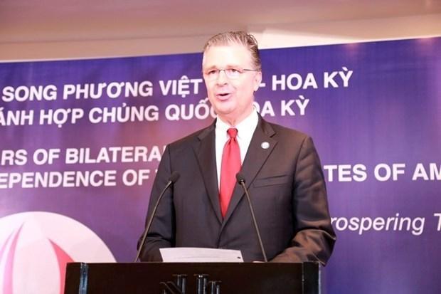 美国驻越大使丹尼尔•克里滕布林克:美国尊重越南的政治制度 hinh anh 2