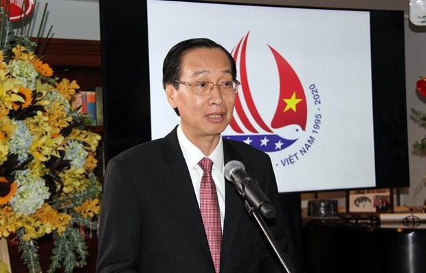 美国驻越大使丹尼尔•克里滕布林克:美国尊重越南的政治制度 hinh anh 3