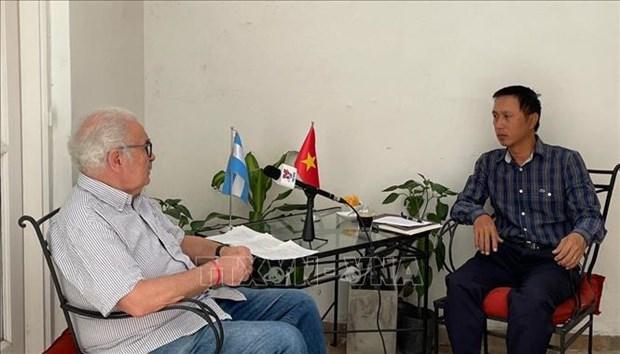 越共十三大:阿根廷共产党总书记高度评价越南共产党的决定性领导作用 hinh anh 1