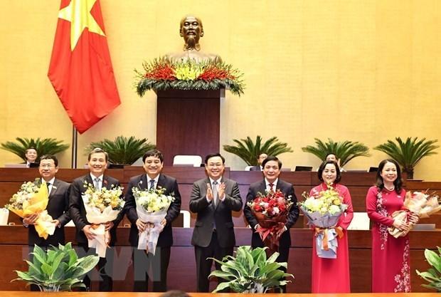 第十四届国会十一次会议:选举出5名国会常务委员会委员 hinh anh 1
