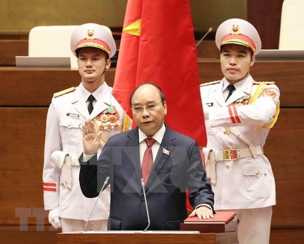 外国领导人和世界经济论坛领导向越南领导人致贺电贺函 hinh anh 1