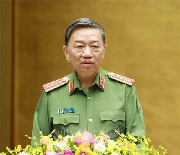 苏林大将高度评价公安力量在疫情防控工作中所作出的贡献 hinh anh 1