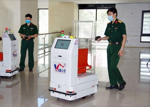 越南将机器人送往北江省助力抗疫 hinh anh 1