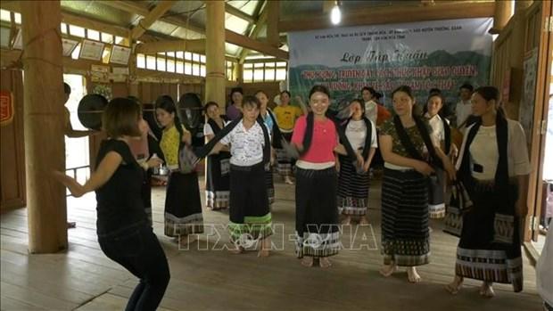 Thanh Hoa bao ton, phat huy cac gia tri di san van hoa truyen thong dan toc Thai hinh anh 2
