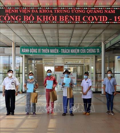 Dich COVID-19: Them 5 benh nhan o Quang Nam va Dak Lak duoc cong bo khoi benh hinh anh 1