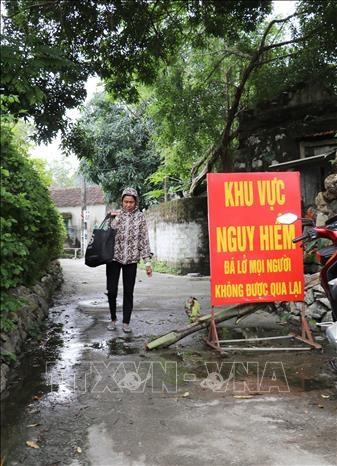 Ninh Binh khan truong di doi nhieu ho dan truoc nguy co lo da hinh anh 3