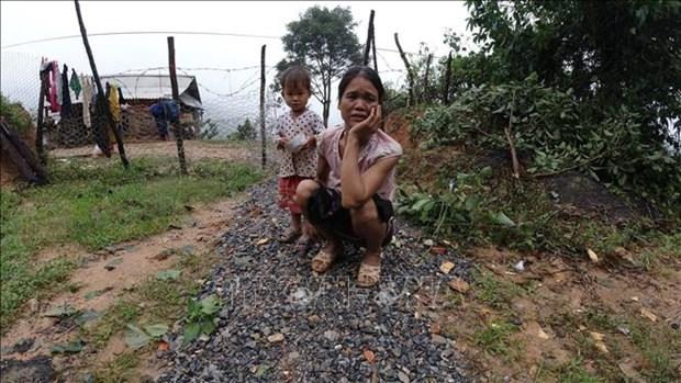 Sat lo dat o Huong Hoa - Quang Tri: Nguoi Van Kieu tiec thuong cac chien si gap nan hinh anh 2