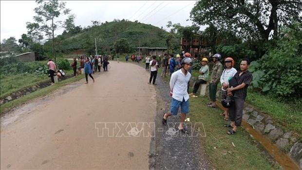 Sat lo dat o Huong Hoa - Quang Tri: Nguoi Van Kieu tiec thuong cac chien si gap nan hinh anh 3