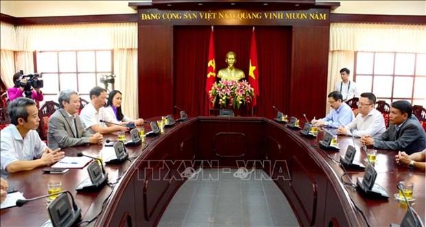 Thong tan xa Viet Nam ho tro dong bao Thua Thien - Hue khac phuc hau qua thien tai hinh anh 1