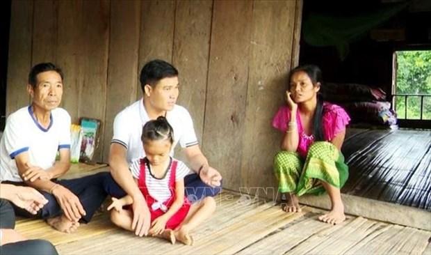 Chuyen ve thay giao mam non Nguyen Van Cuong noi reo cao bien gioi hinh anh 3