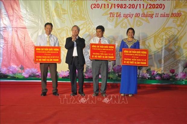 Thuong truc Ban Bi thu Tran Quoc Vuong tham cac truong vung cao dac biet kho khan o Yen Bai hinh anh 2