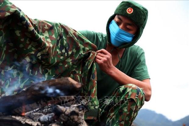 """Bo doi Bien phong Lai Chau """"an nui, ngu rung"""" trong gia ret de lam nhiem vu hinh anh 7"""