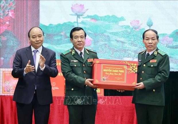 Thu tuong Nguyen Xuan Phuc: Ngan chan hieu qua cac doi tuong xuat nhap canh trai phep hinh anh 3