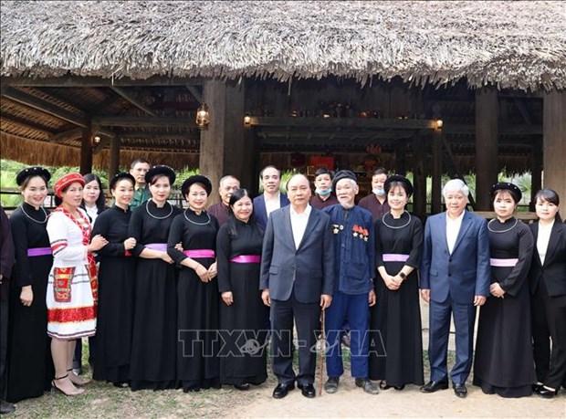 Thu tuong Nguyen Xuan Phuc: Tuyen Quang phai tro thanh trong diem cua nganh che bien go hinh anh 2