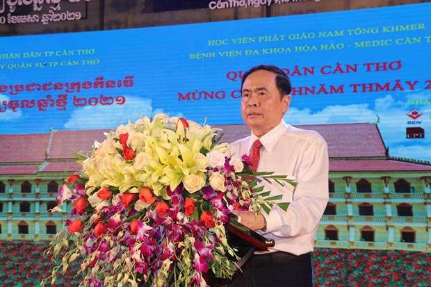Pho Chu tich Thuong truc Quoc hoi Tran Thanh Man du Tet quan dan mung Chol Chnam Thmay 2021 tai Can Tho hinh anh 1