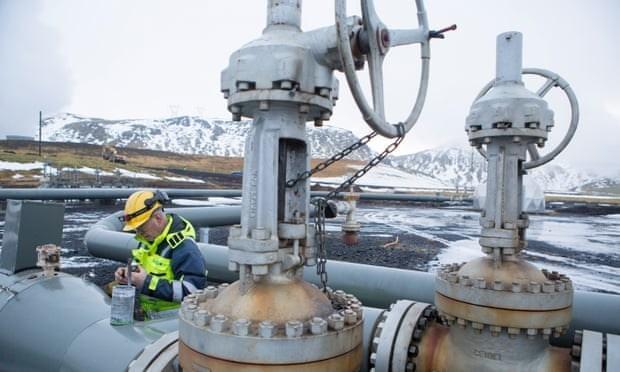 Nha may thu khi CO2 lon nhat the gioi tai Iceland di vao hoat dong hinh anh 1