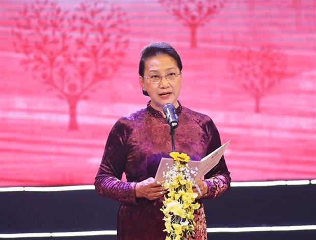 Chu tich Quoc hoi Nguyen Thi Kim Ngan: Phat huy truyen thong, khoi day tinh yeu thuong de suc manh doan ket, nhan ai khong ngung lan toa hinh anh 1