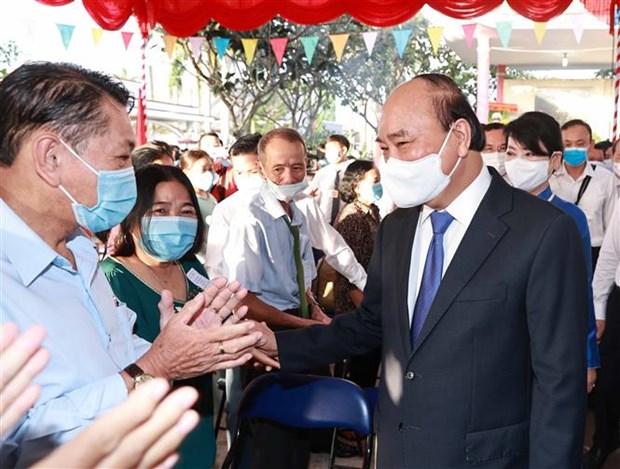 Chu tich nuoc Nguyen Xuan Phuc bau cu tai Thanh pho Ho Chi Minh hinh anh 5