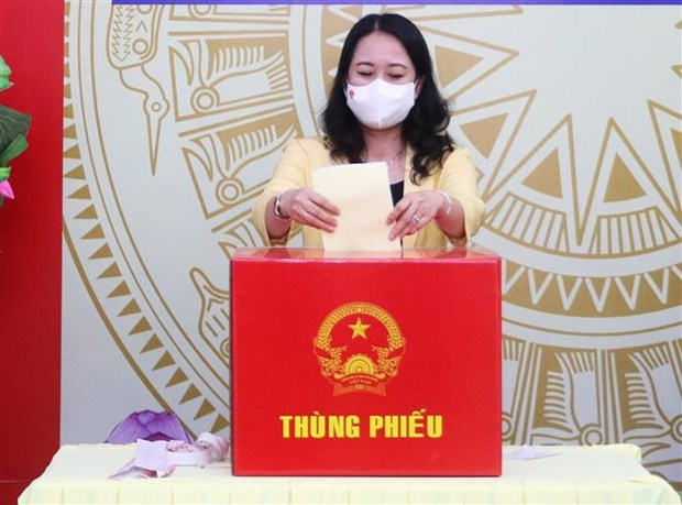 Pho Chu tich nuoc Vo Thi Anh Xuan bau cu tai thanh pho Long Xuyen, tinh An Giang hinh anh 3