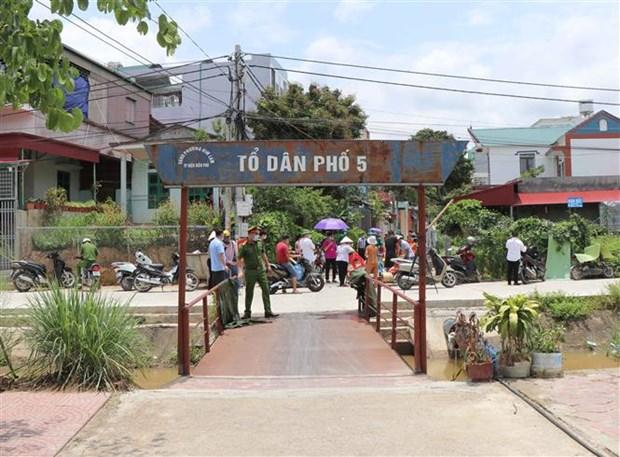 Dich COVID-19: Cum dan cu thuoc to dan pho so 5, thanh pho Dien Bien Phu duoc do bo phong toa hinh anh 1