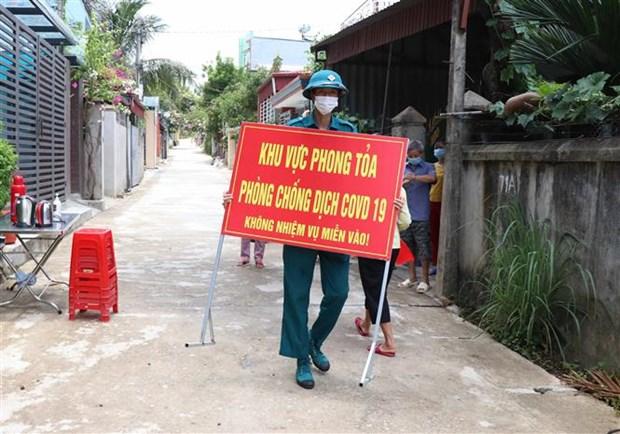 Dich COVID-19: Cum dan cu thuoc to dan pho so 5, thanh pho Dien Bien Phu duoc do bo phong toa hinh anh 2