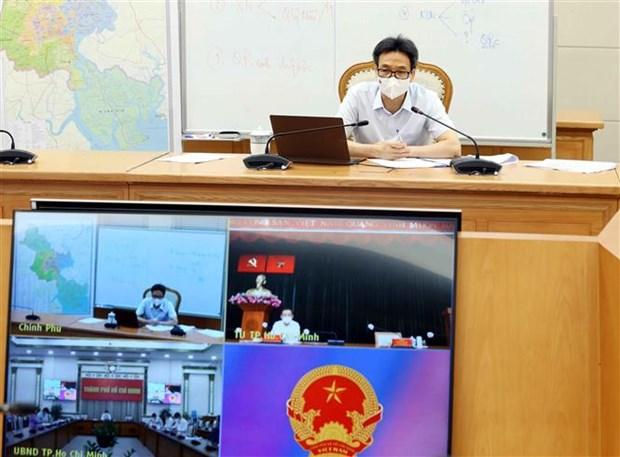 Pho Thu tuong Vu Duc Dam: Thanh pho Ho Chi Minh siet chat quan ly, han che lay nhiem cheo hinh anh 1