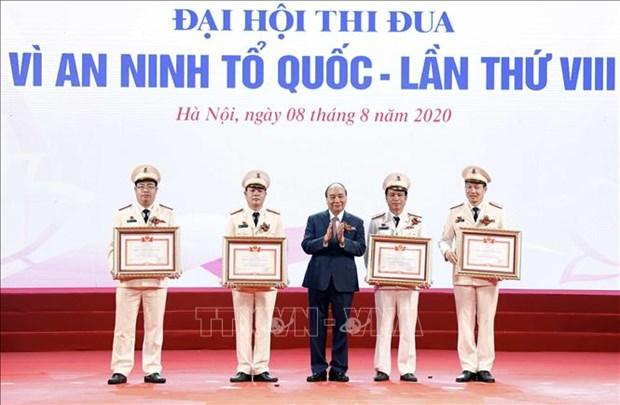 Thu tuong Nguyen Xuan Phuc: Luc luong Cong an lay ket qua cong tac va phuc vu nhan dan la muc tieu thi dua hinh anh 1