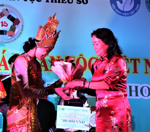 "Sinh vien Truong Dai hoc Van hoa Thanh Pho Ho Chi Minh ""Tiep noi van hoa - Lan toa tinh hoa"" hinh anh 17"