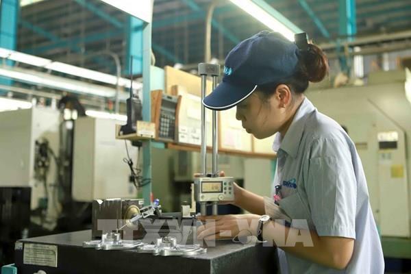 在新冠肺炎疫情防控新阶段恢复和发展工业生产和贸易 hinh anh 2