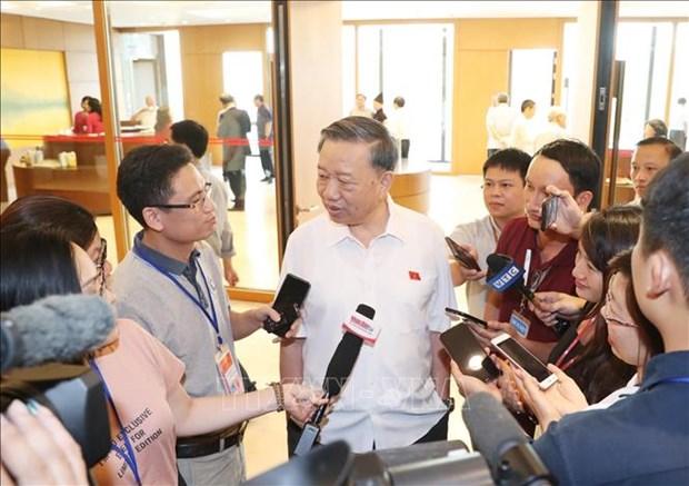 越南公安部长苏林:越方正在与日方配合调查日本公司涉嫌行贿海关和税务干部的行为 hinh anh 1