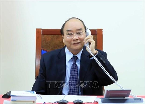 越南政府总理阮春福与菲律宾总统杜特尔特通电话 hinh anh 1