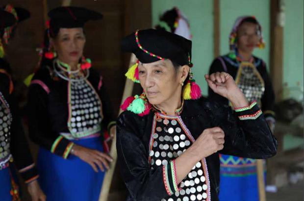 西拉族文化灵魂的传承人 hinh anh 1