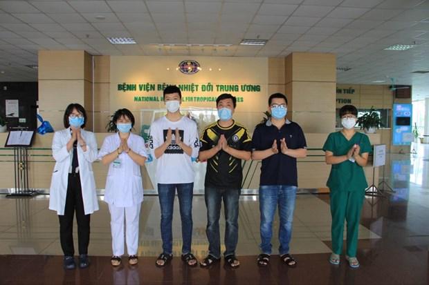 新冠肺炎疫情:新增5例确诊病例出院 hinh anh 1