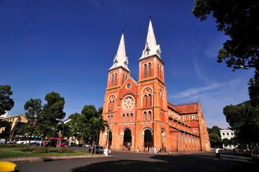 胡志明市圣母教堂被评为世界19座最美教堂之一 hinh anh 2