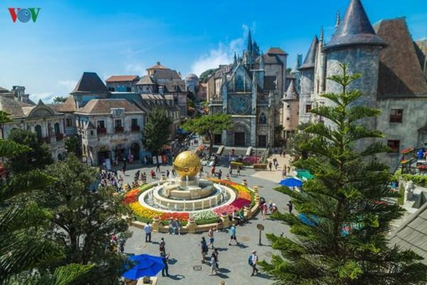 越南旅游部门刺激国内旅游需求为经济复苏做出贡献 hinh anh 1