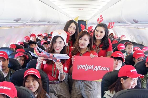 越捷航空是首家在泰国普吉机场恢运营的公司 hinh anh 2