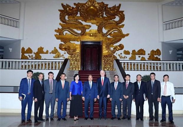 越南政府总理阮春福会见亚行驻越首席代表西奇威克 hinh anh 2