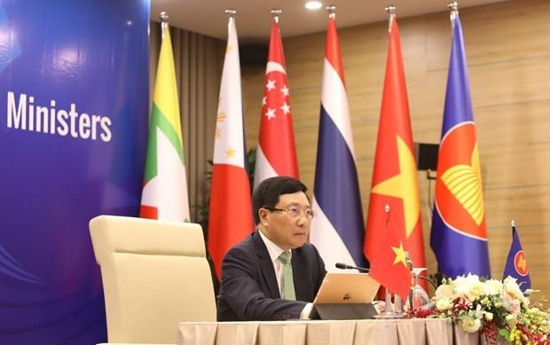 ASEAN 2020:东盟各成员国代表商讨重要合作内容 hinh anh 1
