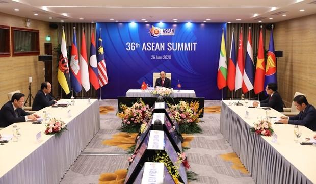2020东盟轮值主席年:越南政府总理阮春福主持第36届东盟峰会开幕式并发表重要讲话 hinh anh 1