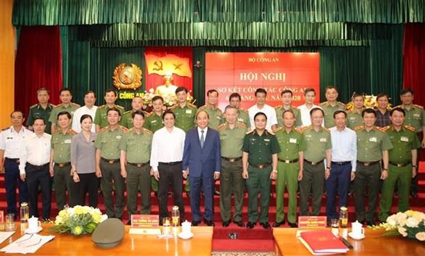 政府总理阮春福:全力确保党的各级代表大会绝对安全 hinh anh 2