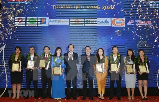胡志明市30家企业荣获2020年最受欢迎的越南品牌奖 hinh anh 1