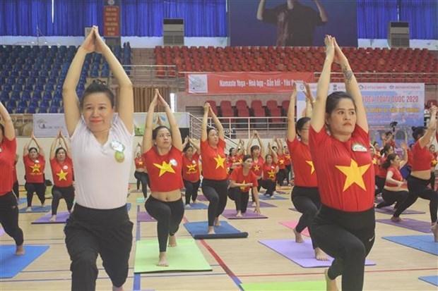 2020年全国瑜伽节吸引近2000名运动员参加 hinh anh 1