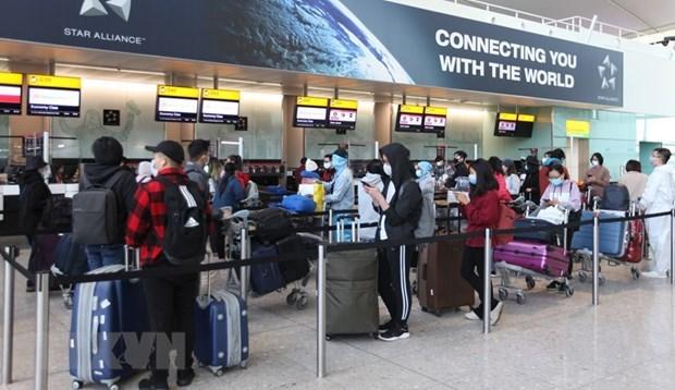 外交部发言人黎氏秋姮:越南已组织55个航班 把13323名旅外公民接回国 hinh anh 2