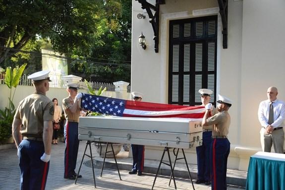美军遗骸归国仪式在河内举行 hinh anh 1