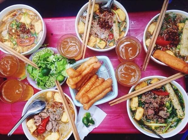品尝征服国际食客并入选亚洲最佳食品的越式蟹汤米线 hinh anh 2